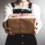 Scopri la crema da regalare a Natale per pelle mista e grassa.