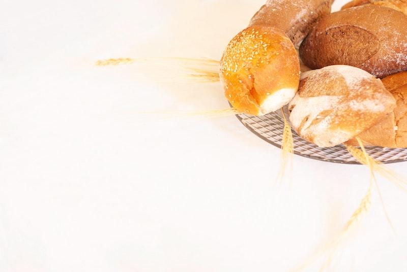 Il glutine può causare l'acne? Se sì, come evitare questo inestetismo?